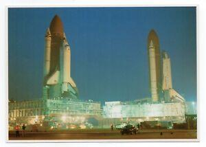 NASA-SPACE-COLLECTION-POSTCARD-1990-Kennedy-Space-Center-Columbia-amp-Atlantis