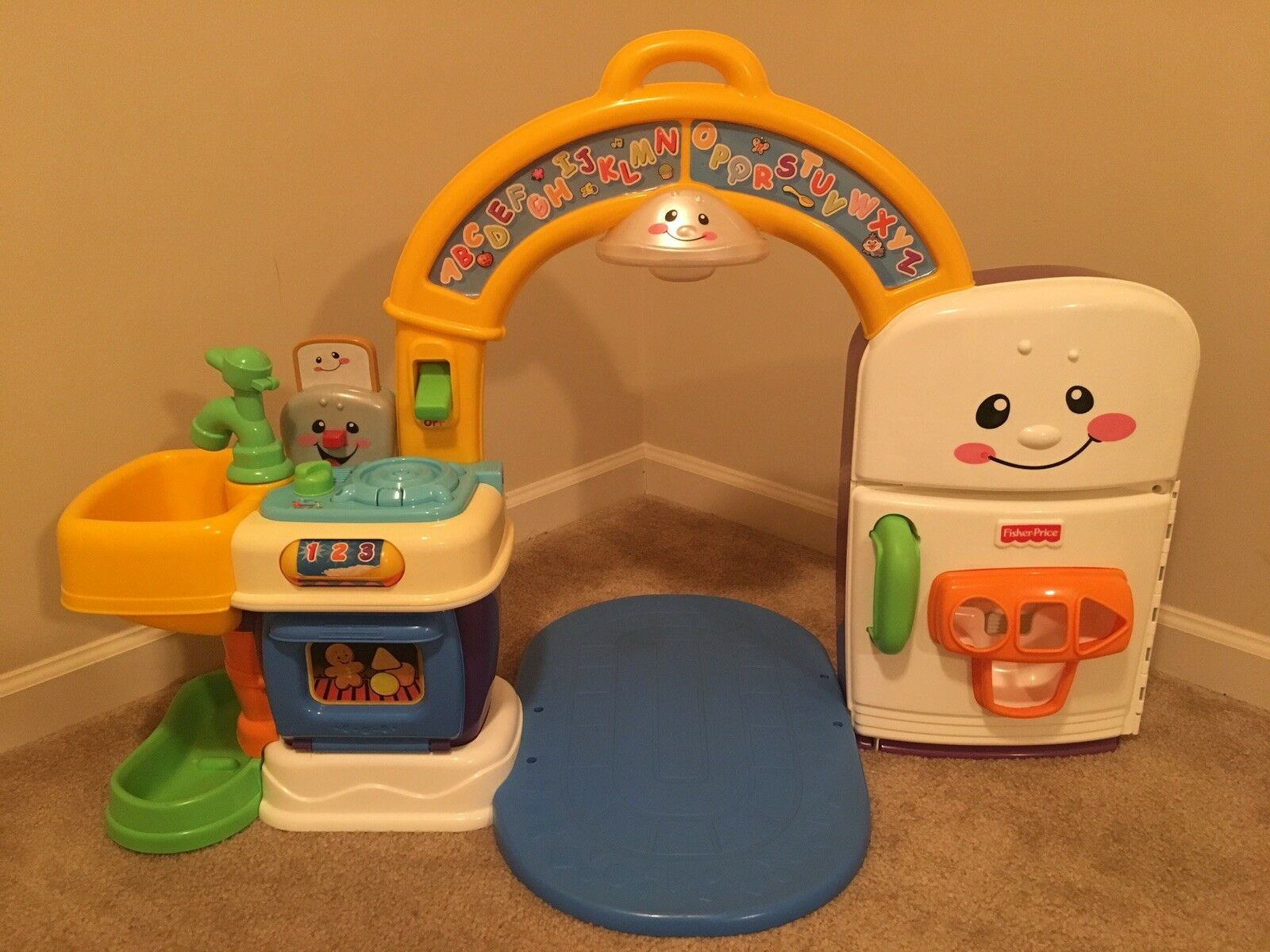 Fisher Price Laugh And Learn Learning Kitchen Shape Triangle Veggie Part Carrot Sonstige