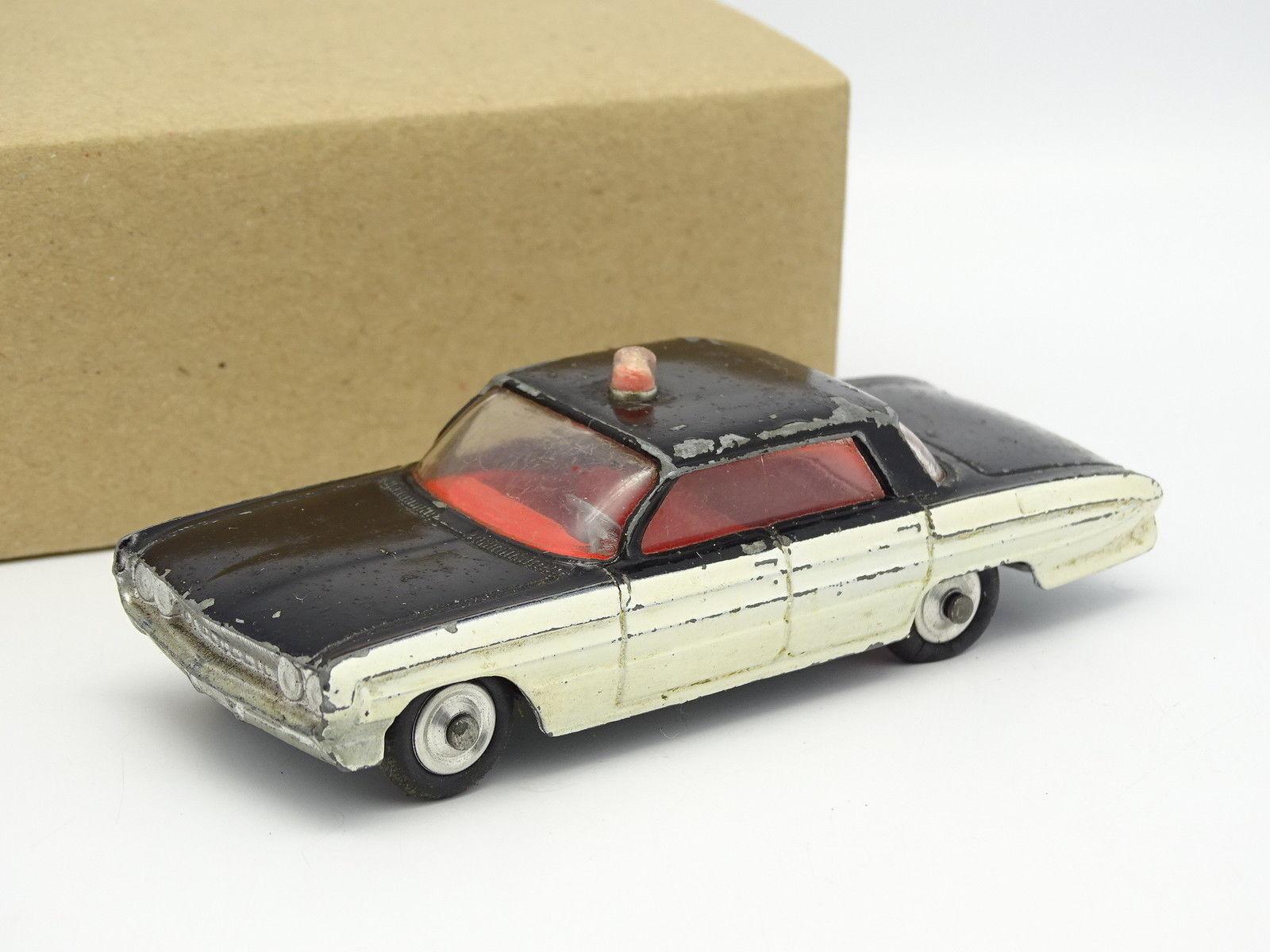 Corgi toys 1 43 - oldsmobile super 88 police (police)