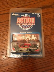 Kyle-Petty-42-Coors-Silver-Bullet-1-64-Action-Platinum-Series-Limited-Edition