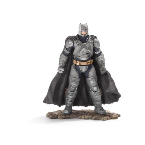 Schleich JUSTICE LEAGUE 22526  BATMAN (Batman v.Superman) Neuheit 2016 !
