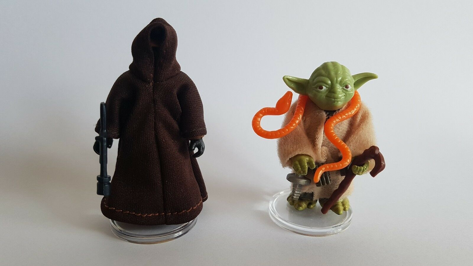 """100 SMALL CLEAR Figure Display Stands 1/"""" NEW MIX /& MATCH Star Wars Vintage"""