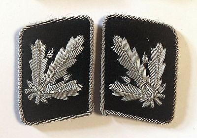 WW2 German Waffen elite  Brigadefuhrer Collar Tabs ON Black background