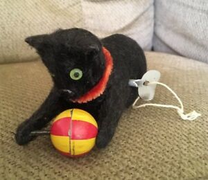 Details about RARE Made In Japan Vintage Mechanical Fuzzy Black Cat Toy Tin  Yellow & Red Ball