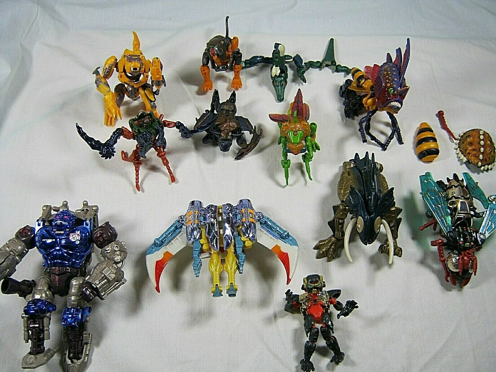 Hasbro (Takara) Tramformers Action Figures Assortment of 15 Pieces, Parts. (K)