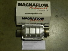 """New Magnaflow 3"""" Inlet/Outlet Universal Catalytic Converter 94109 Cat"""