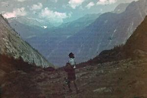 Blechrahmen-Farb-Dia-Bergwanderer-Diapositiv-um-1940