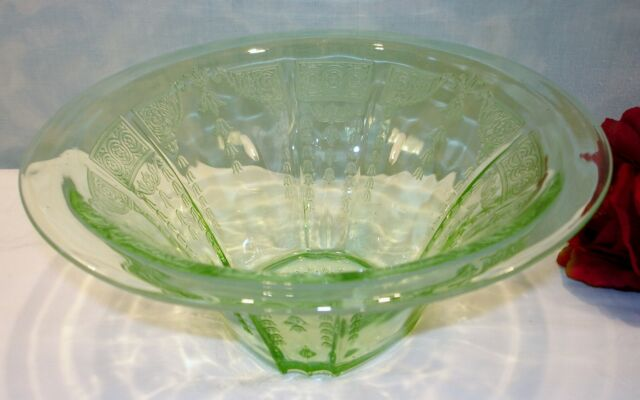Anchor Hocking Princess Green Depression Glass Hat Shaped Large Bowl 9.25