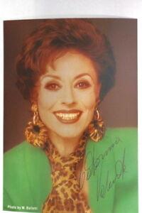Caterina-Valente-Autogrammkarte-Autograph