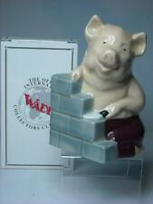 Wade HOUSE OF BRICK Figurine Three Little Pigs Series + Box - 4 Photos