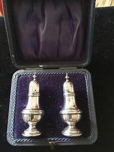 Boxed-Sterling-Silver-Pepperettes-Joseph-Gloster-Birmingham-1906