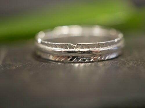 Mystischer 925 Sterling Silber Ring Signiert BEE Indianer Natur Federn 1,775 cm