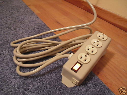 4 Outlet Power Strip Overload Protected 12 /' Feet Long Cord grounded