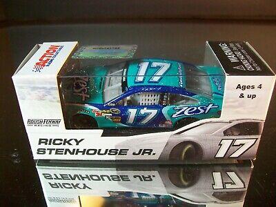 """#17 Ricky Stenhouse Jr /""""ZEST/"""" 2013 Fusion LIONEL ACTION 1:64 Diecast"""