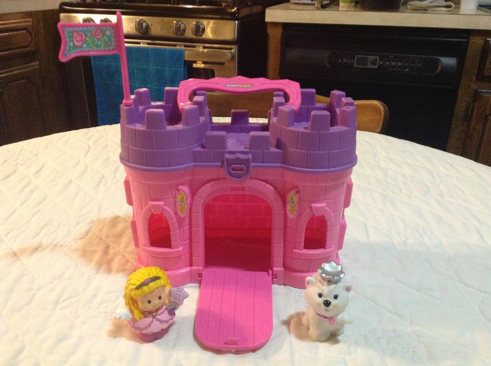 Fisher Price Little People People People Play 'n Go Pink Castle Complete f2d651