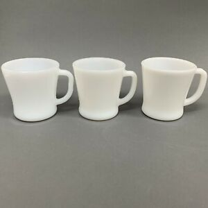 Federal-Glass-Fire-King-Anchor-Hocking-White-Milk-Glass-Cups-Mugs-Lot-of-3