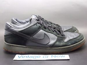 VTG Nike SB Dunk Low Pro Black Gum Sole Brown 2003 sz 10.5  a3de02ed6