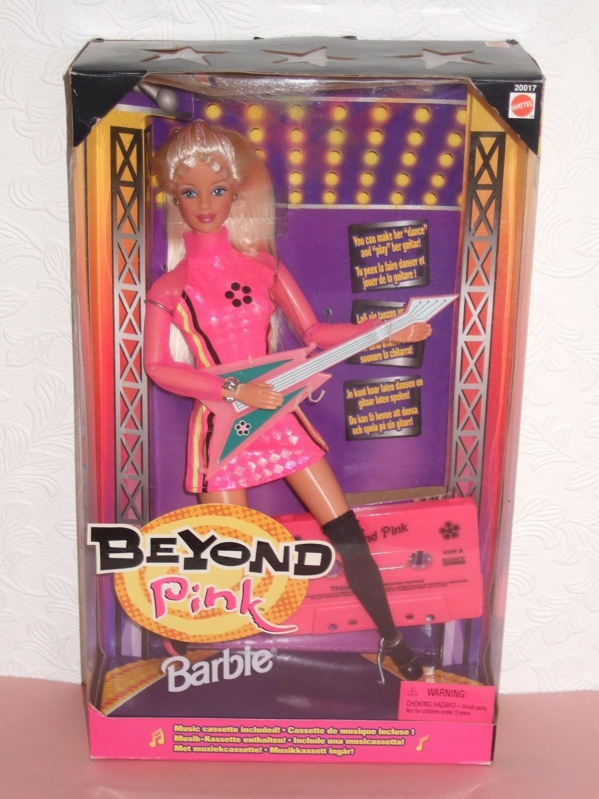 HTF VINTAGE Barbie NRFB 1998 Beyond Rosa ...Lovey doll