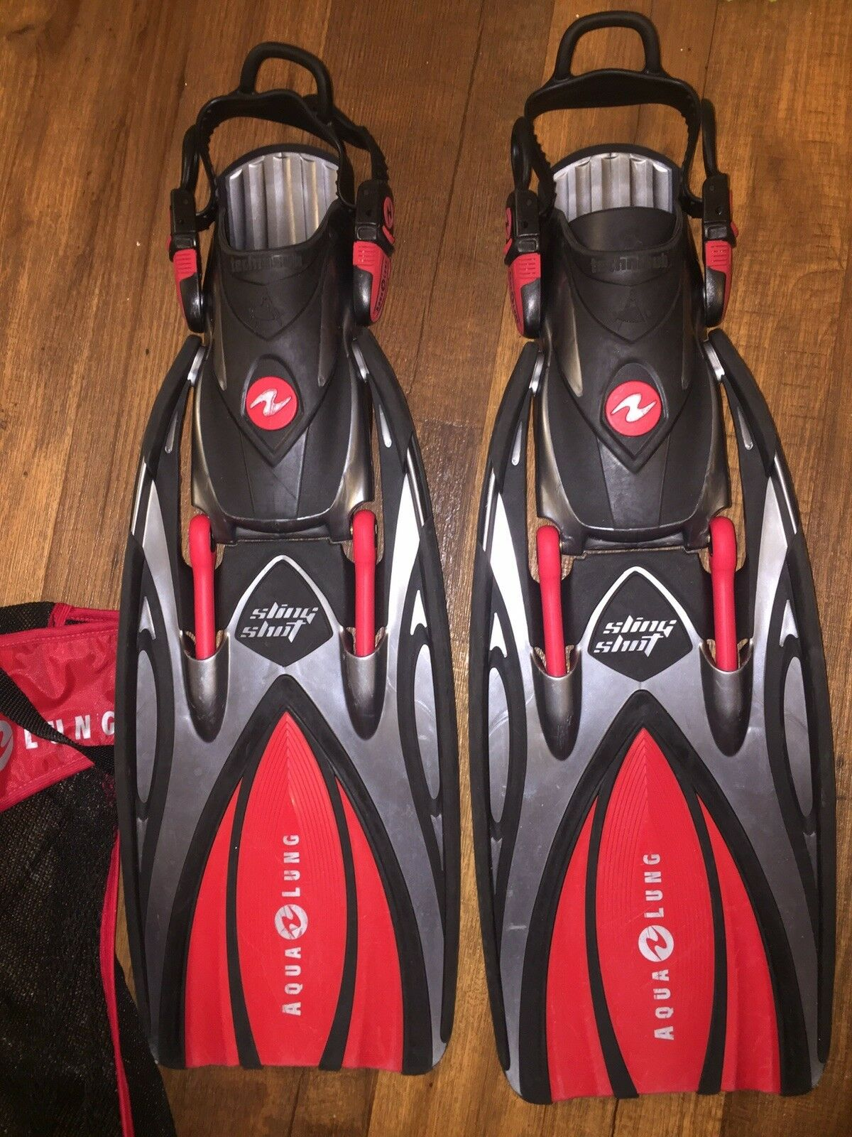 Red Aqualung Slingshot Fins Small