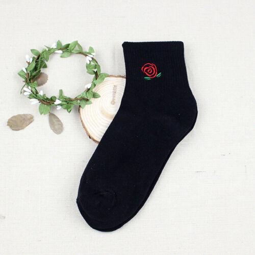 Femmes Filles Cartoon Casual Fashion Socks Harajuku coton mignon Socquette Hosiery