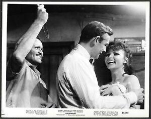 James-Bond-Goldfinger-1964-Originale-Promo-Foto-Sean-Connery-Nadja-Reginn