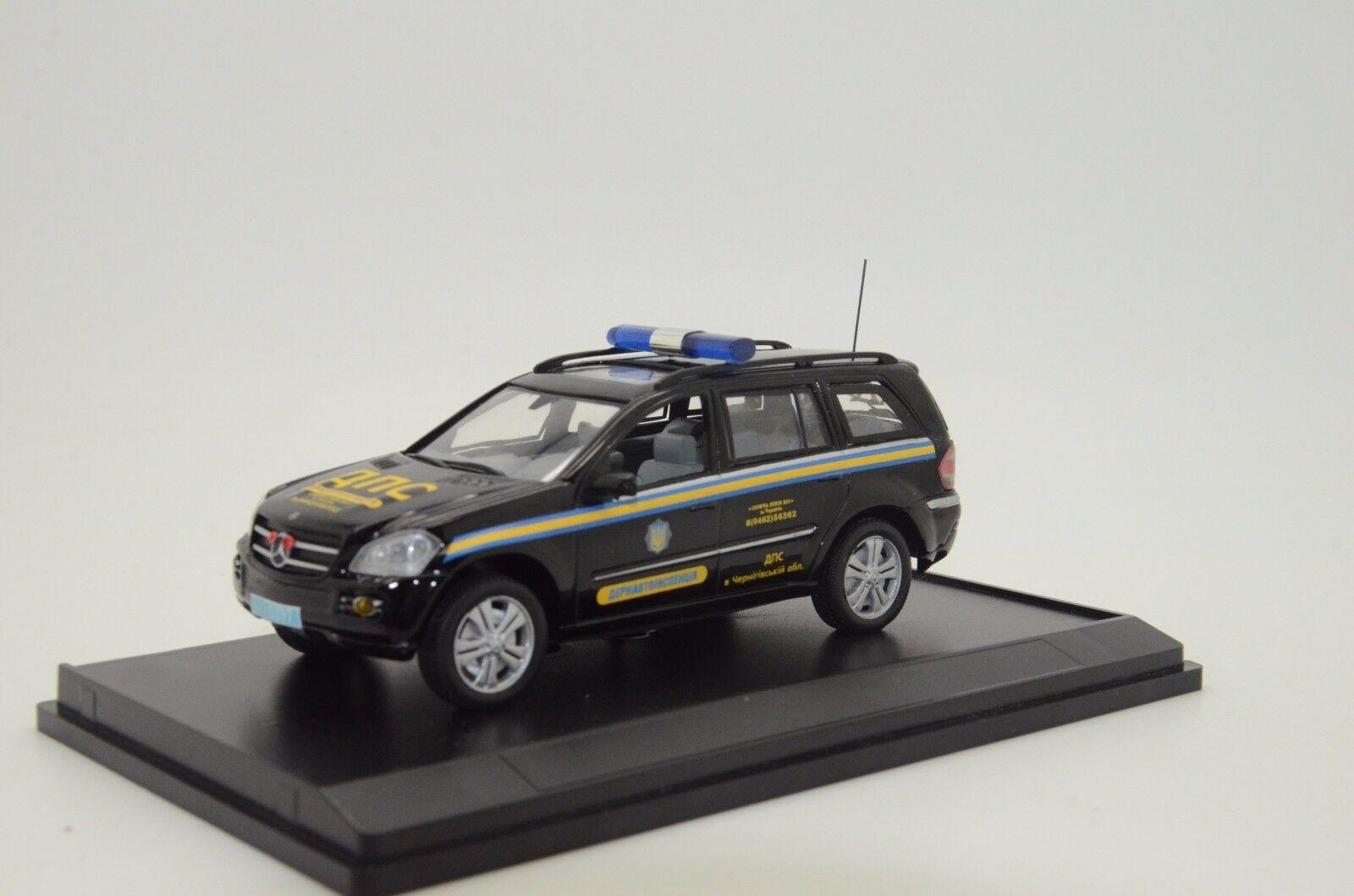 rara Mercedes CLK Ucrania carretera policía coche hecho a medida 1/43