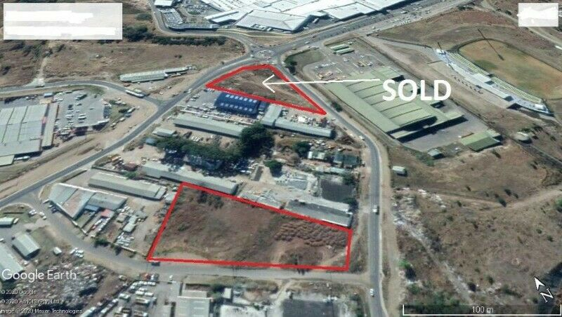 Large commercial/industrial plot for sale in Mthata
