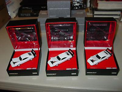 2010 GREENLIGHT UTH WHITE 1969 DODGE CHARGER DAYTONA 440 MOPAR SCAT PACK 1/504