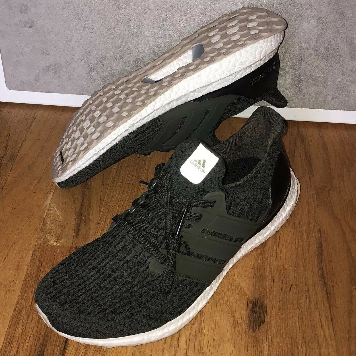 Adidas Shoes Ultra Boost Night Cargo Olive Green S80637 Mens Shoes Adidas Size 9 New DS f6b5d0
