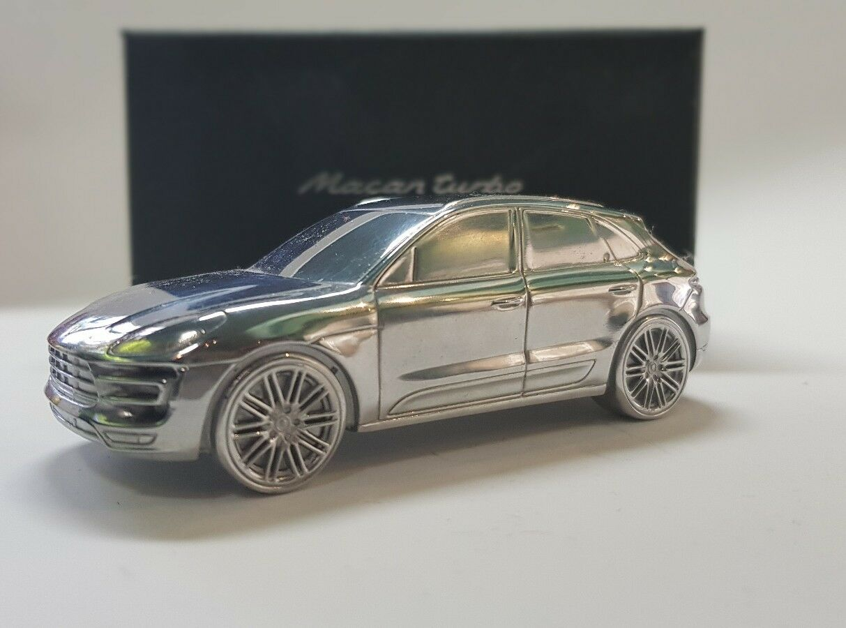 Porsche Macan Turbo Billet Aluminio Modelo Pisapapeles De Metal Sólido Cromo Raro