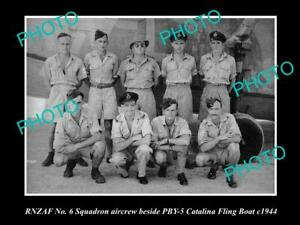 OLD-POSTCARD-SIZE-PHOTO-OF-THE-RNZAF-AIR-FORCE-No-6-SQUADRON-CREW-c1944