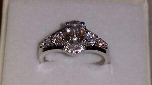 * Brillant * Marks & Morgan Bijoutiers Sterling Silver White Sapphire Ring (taille 7)-afficher Le Titre D'origine Nettoyage De La Cavité Buccale.
