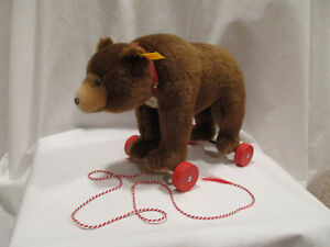 Steiff-Teddy-on-Wheels-Replica-1938-EAN-036064