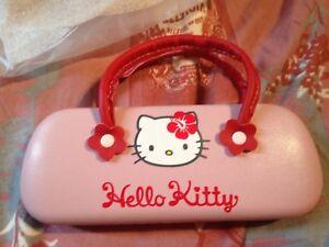 Superbe-etui-pochette-pour-lunettes-de-vue-enfant-hello-kitty-neuf-et-original