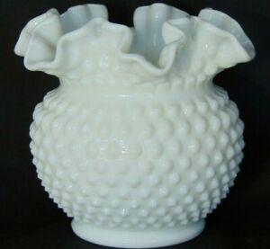 FENTON-WHITE-MILK-GLASS-HOBNAIL-5-1-2-034-VASE-ROSE-BOWL-CRIMPED-TOP-EDGES-NICE