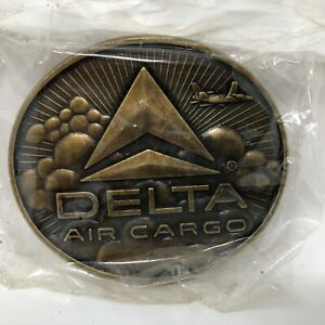 Delta-Air-Cargo-Belt-Buckle-Made-In-USA-Airline-Airplane-Aviation-Flight