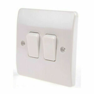 MK Electric K4872WHI 10A LIGHT SWITCH 2 GANG 2 WAY LOGIC PLUS PLATESWITCH x 20