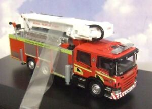 OXFORD-DIECAST-1-76-SCANIA-AERIAL-RESCUE-ENGINE-SCOTTISH-FIRE-amp-RESCUE-76SAL006