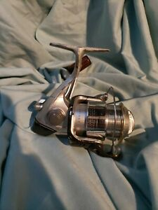 Shimano-Stradic-1000-MgF-LIGHT-and-SMOOTH-TROUT-SUSTAIN-STELLA-Made-in-Japan