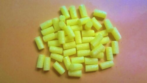 VARIOUS COLOURS FAB TAILS ETC 50 X 10MM LONG X 5MM WIDE PLASTAZOTE BOOBY EYES