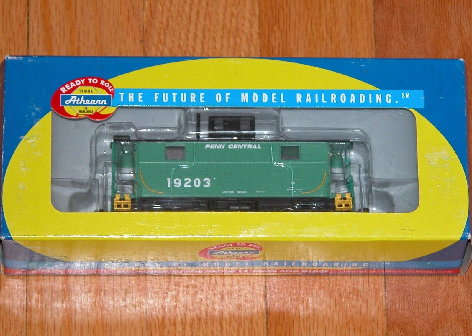 ATHEARN 74282 2 finestra CABOOSE PENN CENTRAL PC 19203