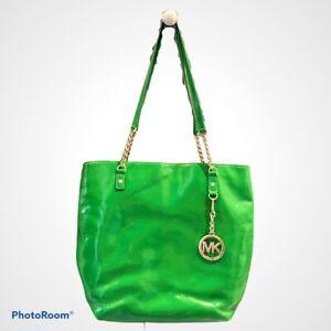 Michael-Kors-Jet-Set-Green-Patent-Leather-Tote-Purse