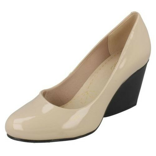 Clarks Damen Smart Keilabsatz Schuhe Demerara Spice