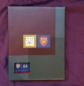 Arsenal-Official-Membership-Pack-2018-19-Members-Handbook-amp-Striped-Scarf-AA