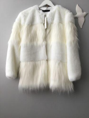 8 10 Faux Original Coat Textured Fur Zara S Størrelse Contrasting Uk qS4w7fA