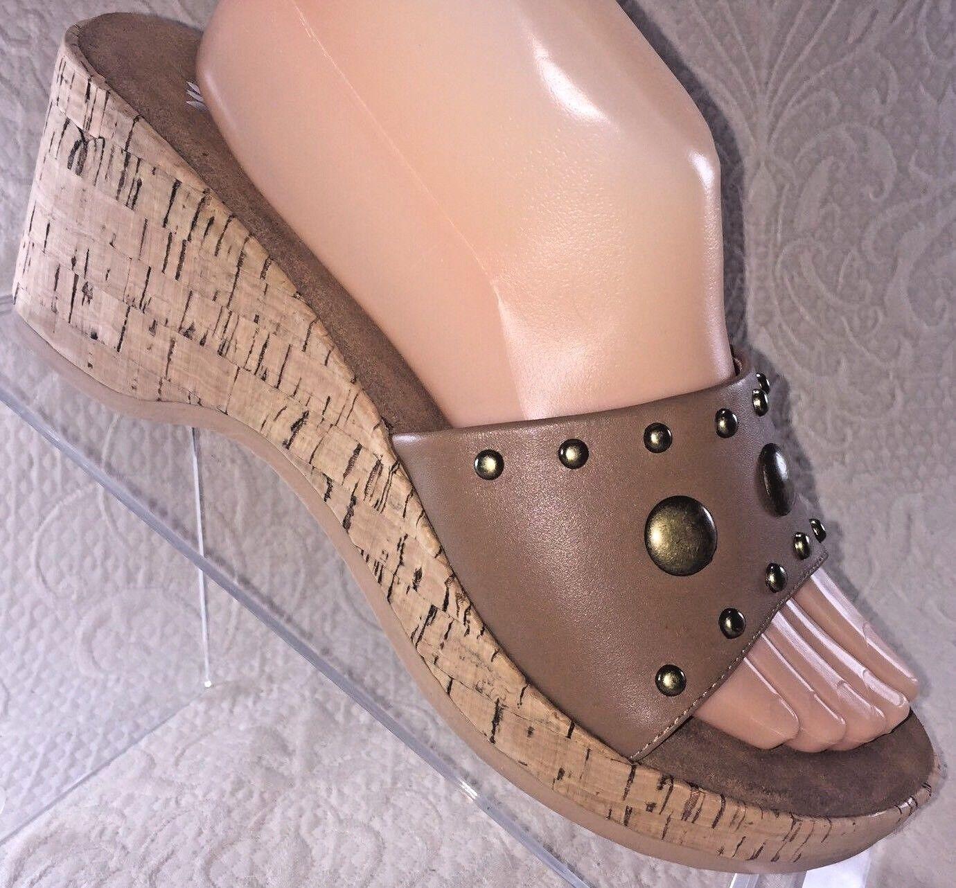 YELLOW BOX Women 8.5 BAYSIDE Leather Wedge Sandal Tan Brown Leather BAYSIDE Open Toe Cork Slide c11733