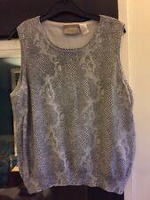 Gorgeous Liz Claiborne Snakeskin Print Knitted Sleeveless Grey Top Size M