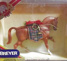 Breyer Christmas Horse 2000 Horse Chestnut Holiday Hunt NIB
