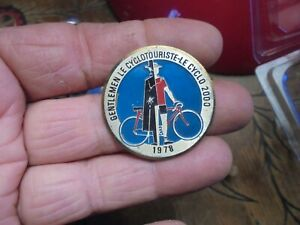 "Ancienne Broche ""gentlemen Le Cyclotouriste Le Cyclo 2000 ..1978 ...ancien Vélo"