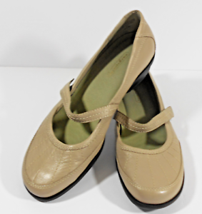 EASY-SPIRIT-Sz-9-1-2-Tan-Beige-LEATHER-MARY-JANE-SHOES